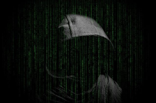 hacker-3480124_640.jpg