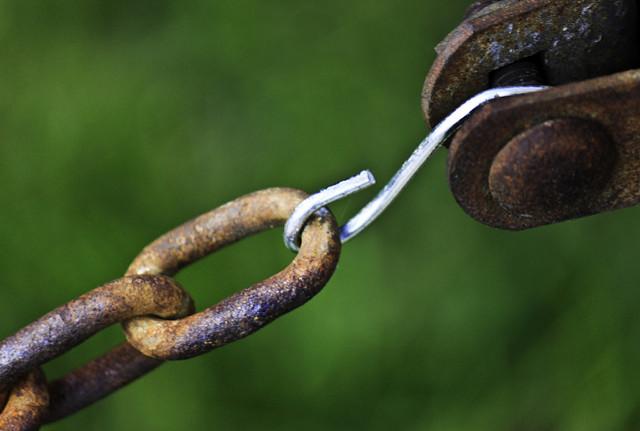 chain-4.jpg