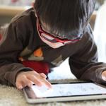 홍콩 보건부, 취침 전 어린이의 스마트폰 사용 자제를 권고