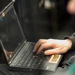 해킹팀이 개발한 신종 RCS...14개국에서 사용되고 있어