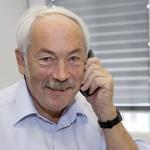 스마트폰 시대 물꼬 튼 독일 물리학자 페터 그륀베르크, 78세 나이로 별세