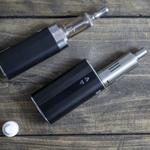 인터넷 봇이 전자 담배 권장한다? 봇이 여론 형성에 미치는 영향 연구